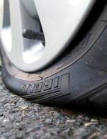 Kako promjeniti gumu na autu?