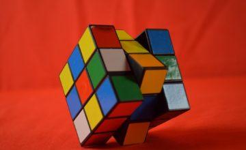 Njemu treba 0,63 sekundi da složi Rubikovu kocku, a vama?