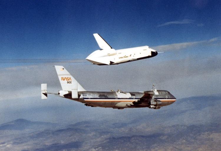 Prvi let raketoplana Enterprise (Foto: Wikipedia)