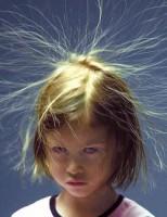 Kako se stvara statički elektricitet?