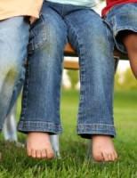 Kako ukloniti mrlju od trave ili zemlje?
