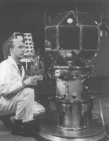 Posljednje provjere pred lansiranje LES1 (Foto: Wikipedia)
