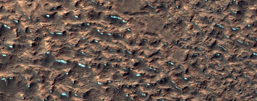 Područje u blizini Marsovog ekvatora (FOTO: NASA/JPL/University of Arizona)