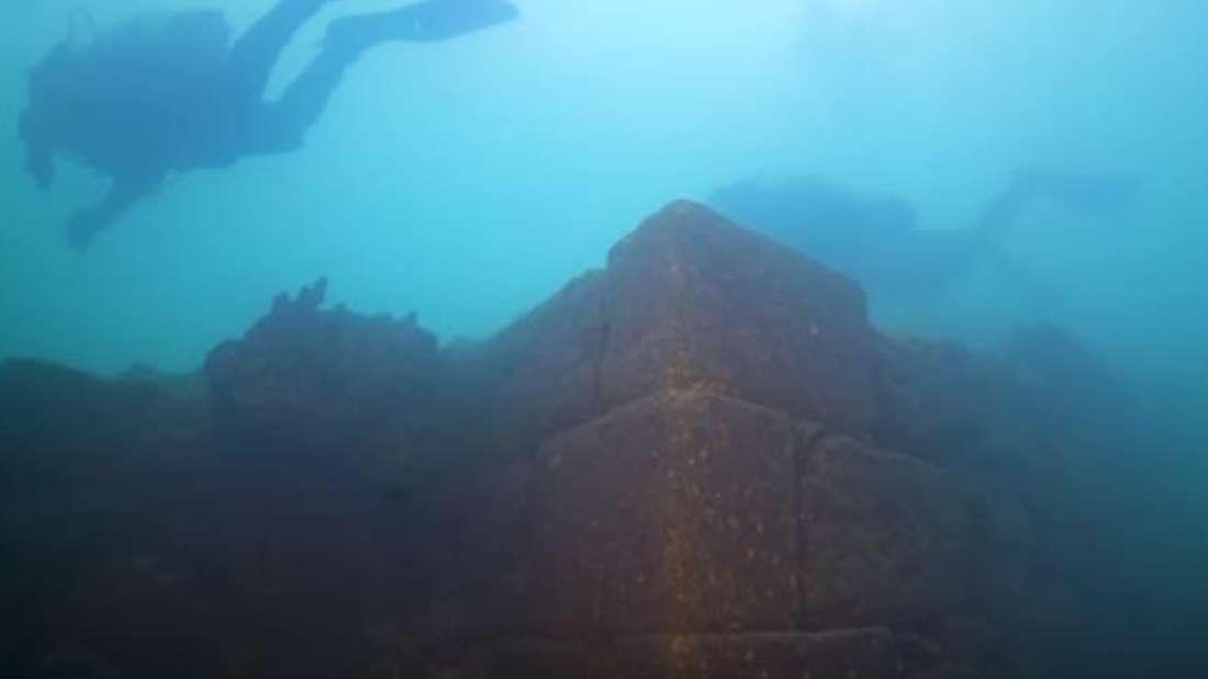 misteriozni dvorac pronaden skriven u turskom jezeru