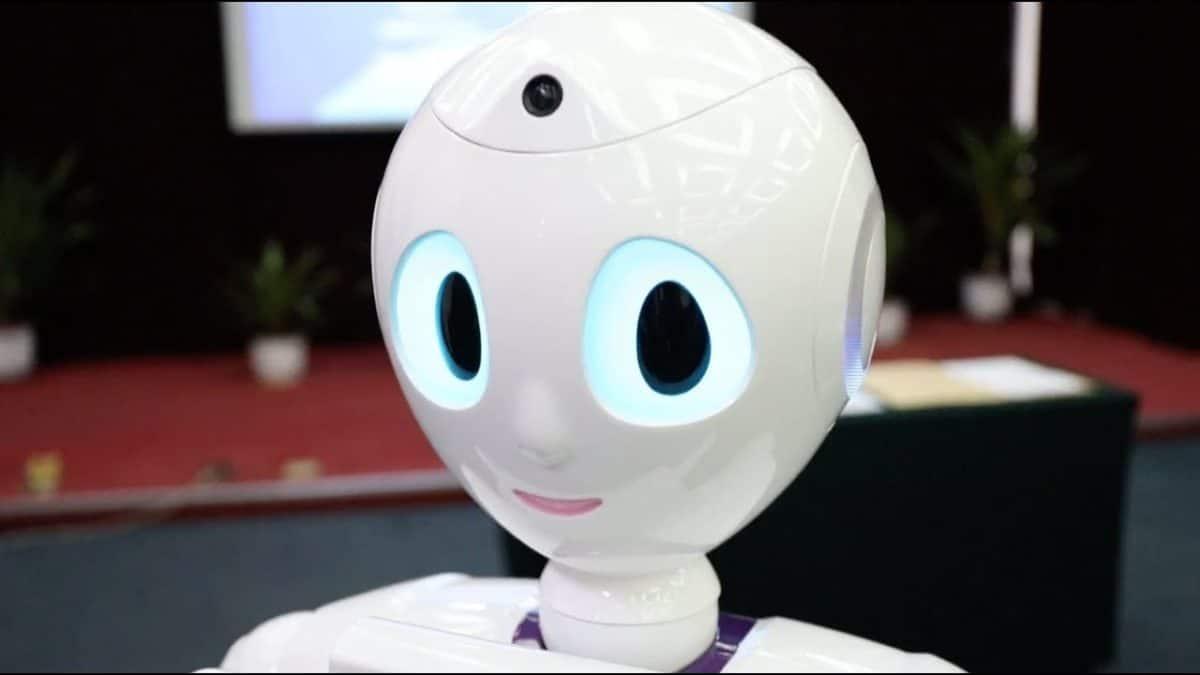 prvi robot na svijetu polozio test za medicinsku licencu